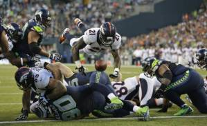 Denver Broncos vs. Seattle Seahawks (AP Photo/Elaine Thompson)